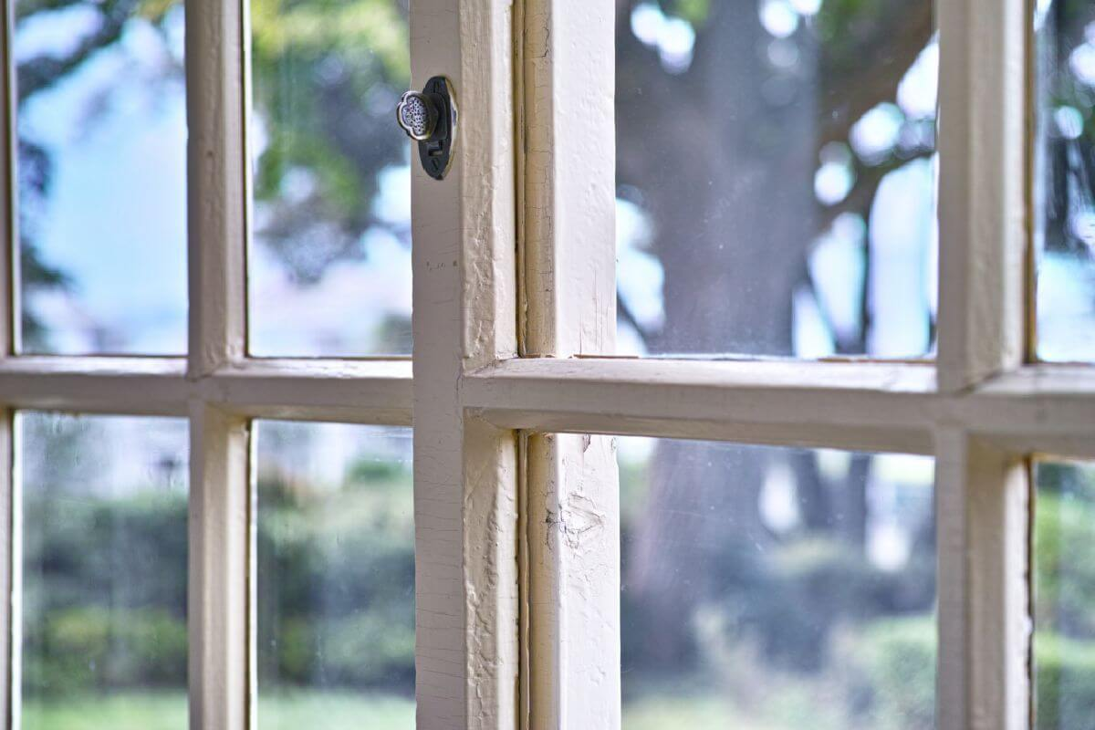 Upvc window locks portsmouth upvc windows portsmouth for Best value windows